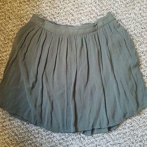 Olive mini skirt!